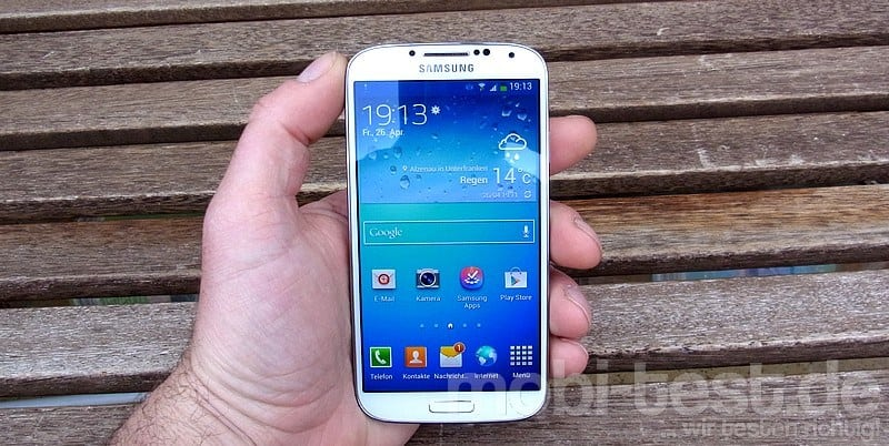 Samsung Galaxy S4 Hands-On (2)