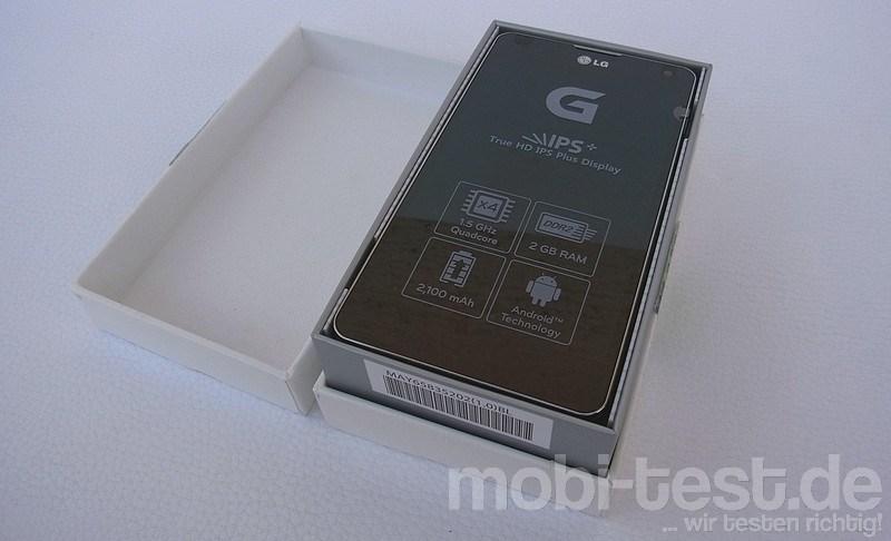 LG Optimus G Unboxing (1)