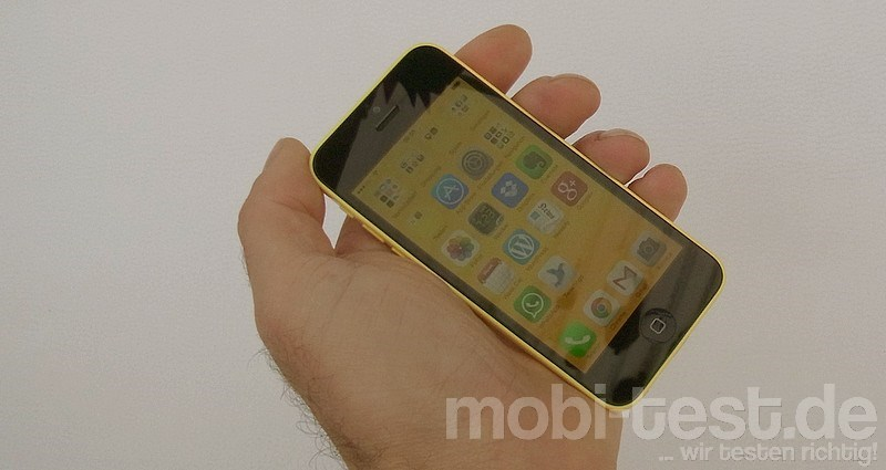 iPhone 5C Hands-On (3)
