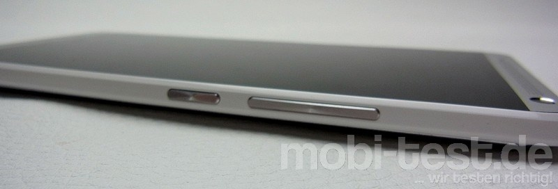 HTC One Max Details (9)