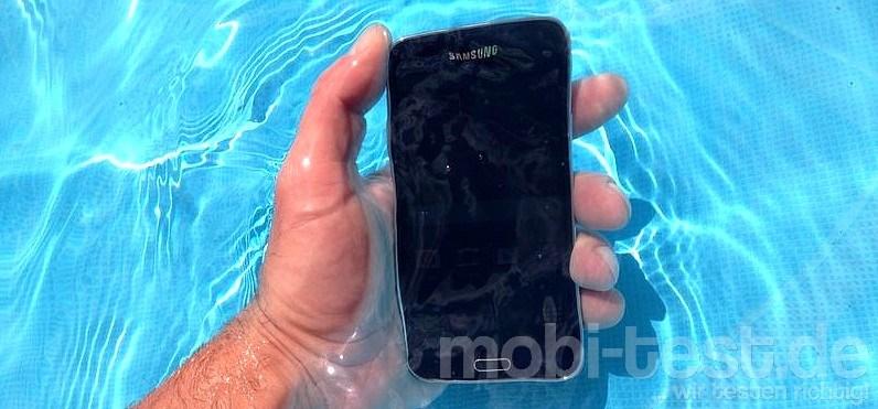 Samsung Galaxy S5 Wassertest (2)