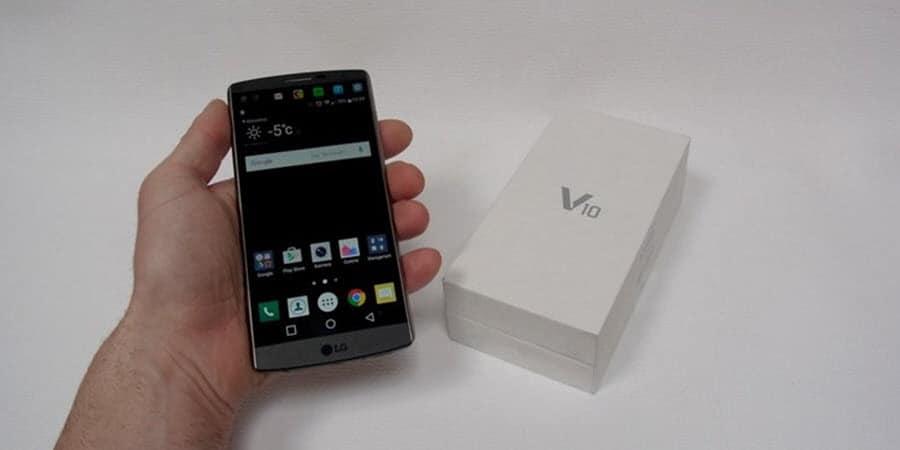 LG V10 Unboxing (1)